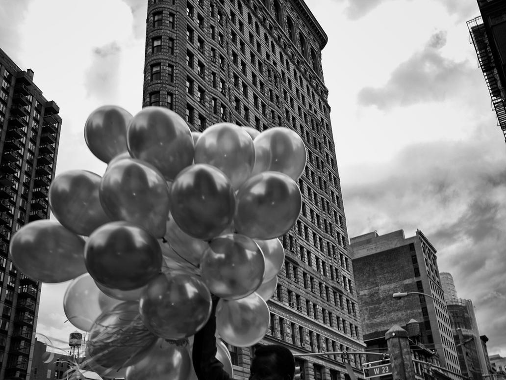 Flatiron Baloons by PatrickMonnier