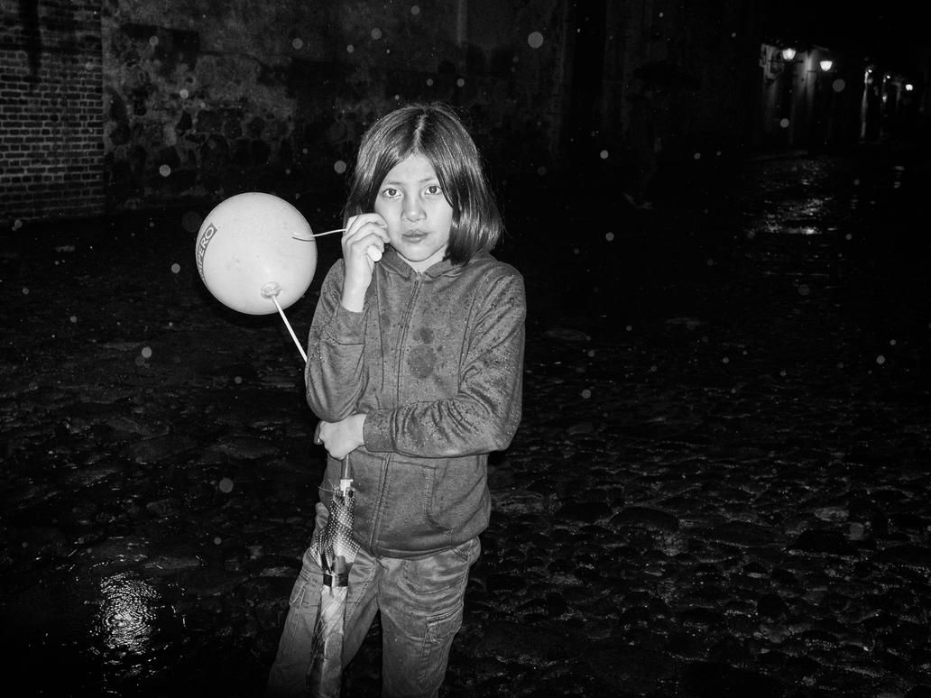 Wet Baloon by PatrickMonnier