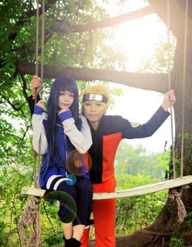 Naruto and Hinata swing