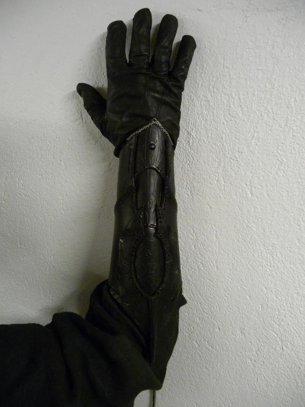Drow bracers 4 by Sharpener