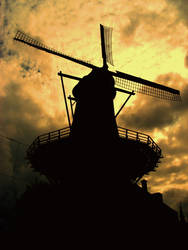 Against the windmill... by oytis