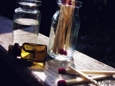 World in Bottle - Water agains fire