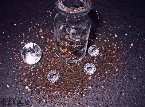 World in bottle - Diamonds and rust