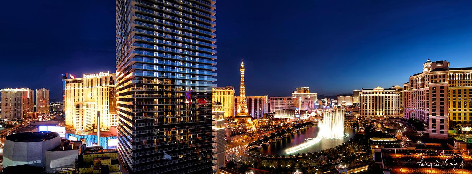 Las Vegas Strip by ~tt83x