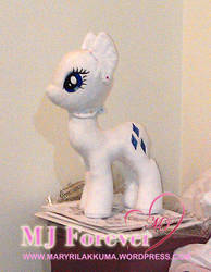 Fourth plushie WIP - Body pattern v2.0 by moggymawee