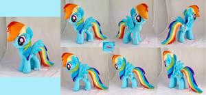Rainbow Dash plushie II by moggymawee