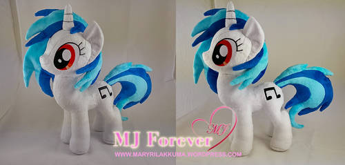 Vinyl Scratch Plushie WIP (Commission) by moggymawee