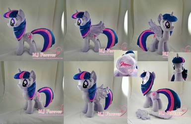 Princess Twilight Plushie (removable wings!) by moggymawee