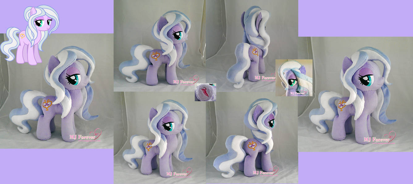 Wisteria Bell plushie (my OC) by moggymawee