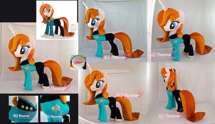Beverly Crusher Pony Plushie!  :) by moggymawee