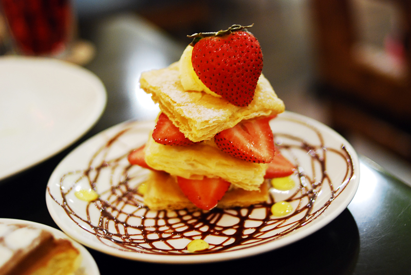 Strawberry dessert by reiime