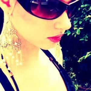 Rokzanne's Profile Picture