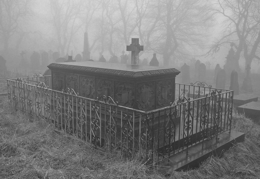 Graveyard 1 by TDGreen
