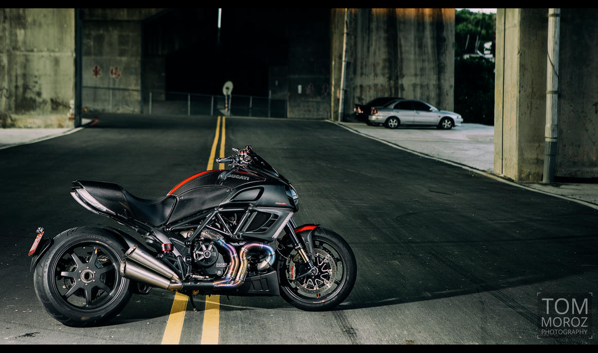 Diavel Under the Bridge 2 by tmz99