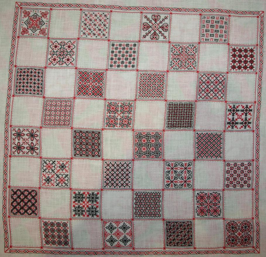 Blackwork Chess by Tishounette