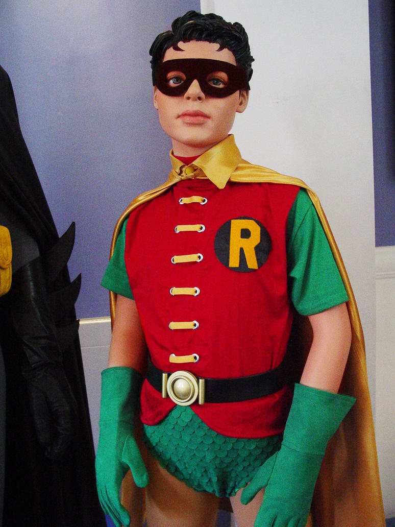 Images of robin the boy wonder