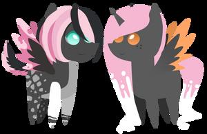Commission: mini Roxanne and Nina