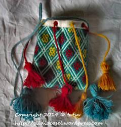 Haftowana sakiewka embroidered purse by tatsu-sachiko