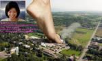 Barefoot Filipina Giantess