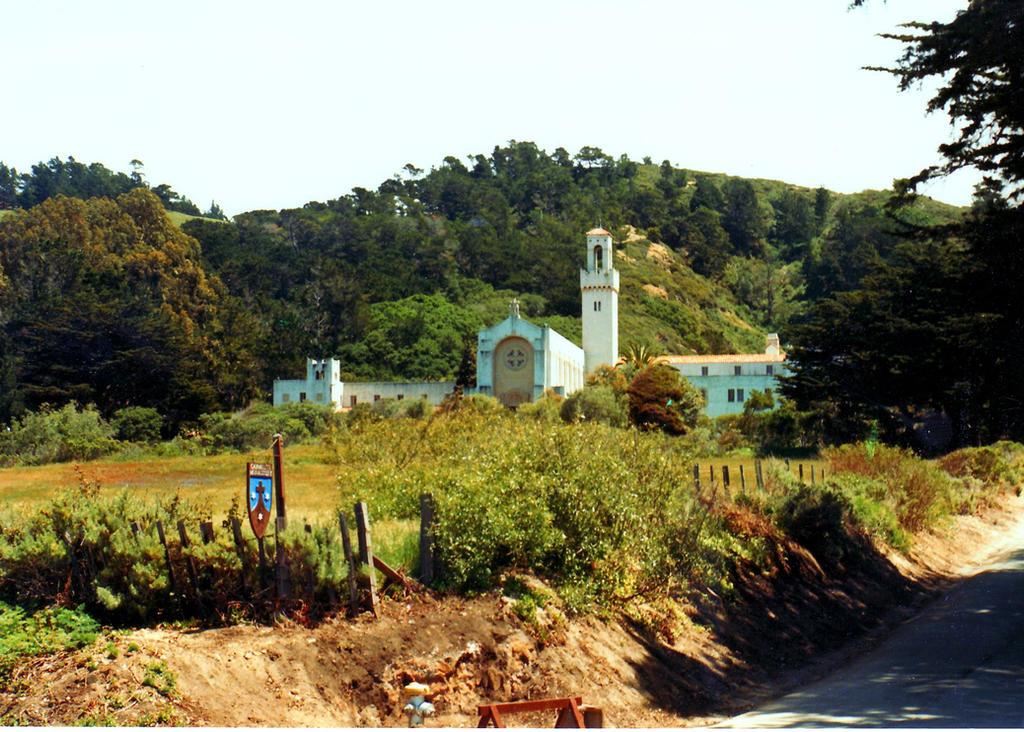 Carmelite Monastery Carmel CA by riknard on DeviantArt