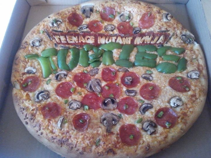 ninja turtles logo pizza by HarimaSkull