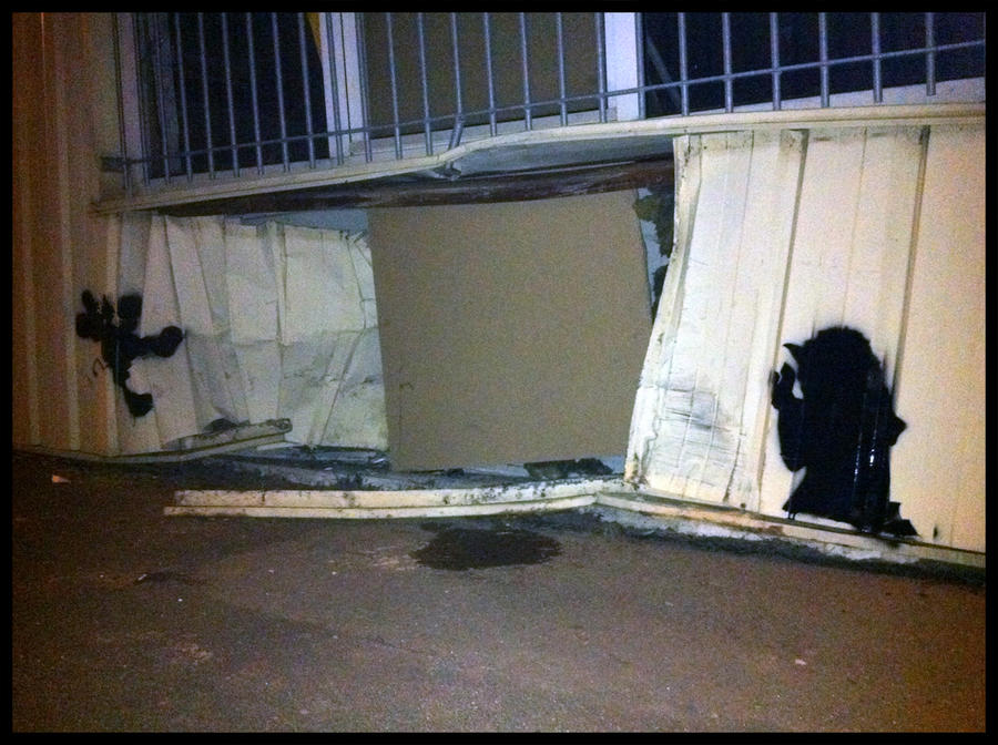 Yoda vs Mickey by TheArtofBlouh