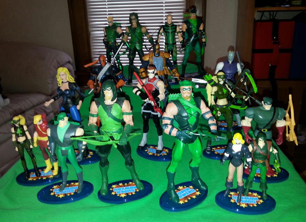 Green Arrow Family Gre... Young Justice Flash Family
