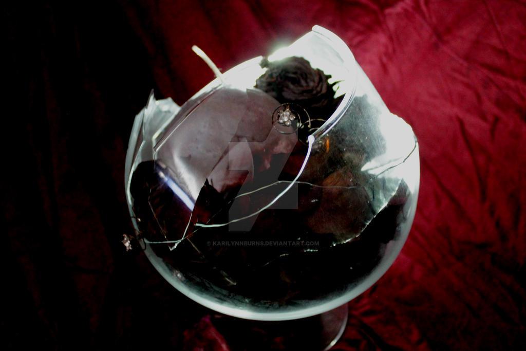 Broken Glass 18