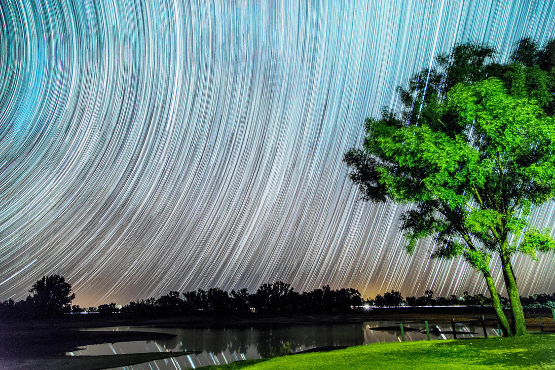 Startrails at chinchilla by droy333