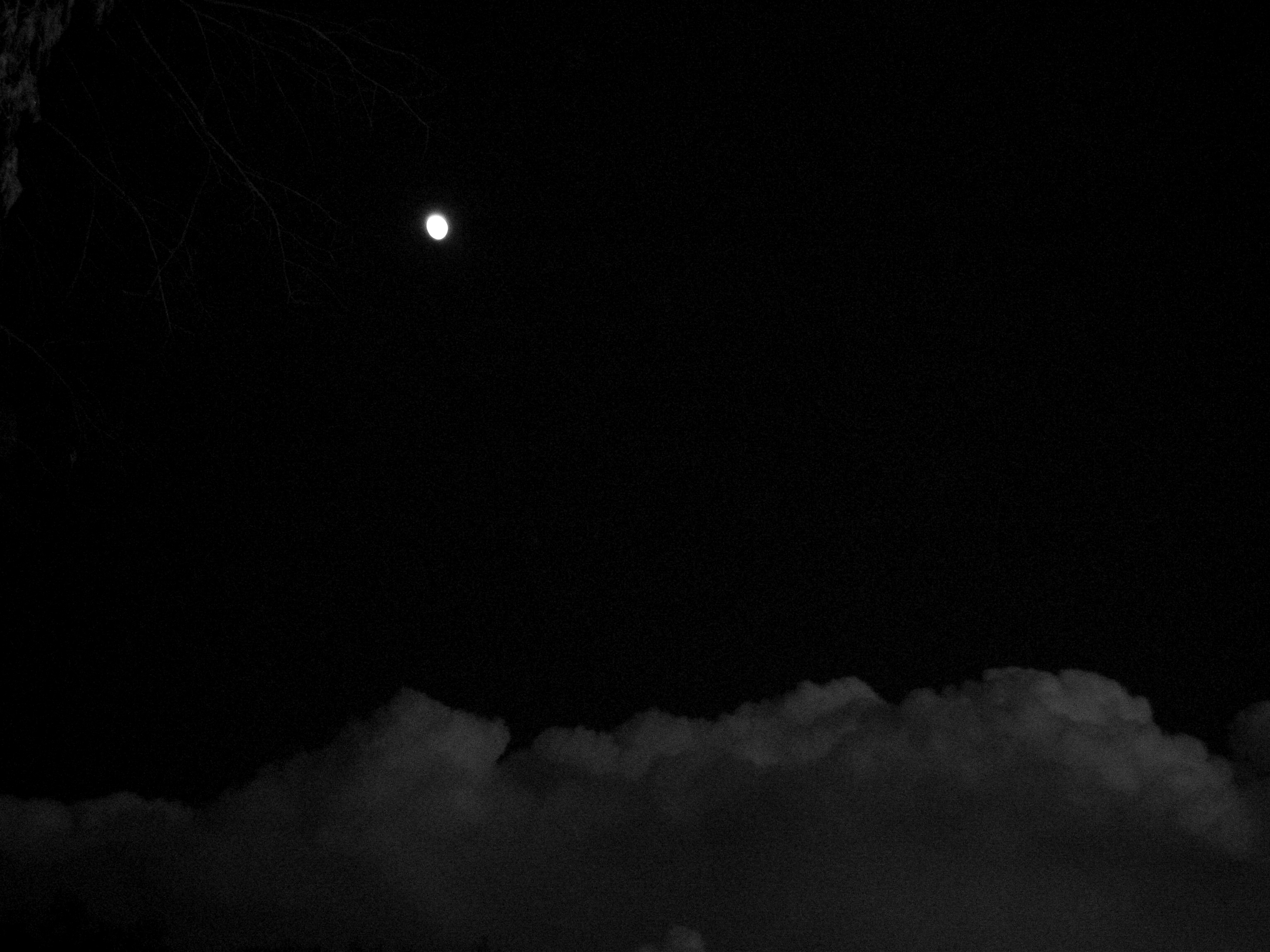 Another Creepy Midnight Sky by mtnlesssndtrkSTOCK on DeviantArt