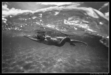 Underwater KD by aFeinNude