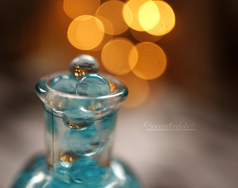 Christmas Bubbles. by OliviaMichalski