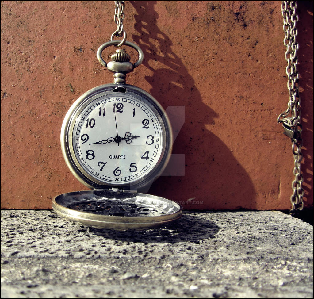 time ticks away... by Fluessiges-Feuer