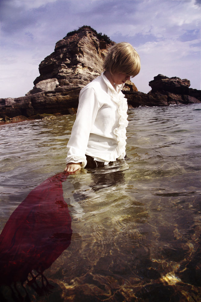 Red and water - APH