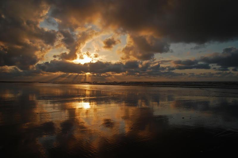 Belgium - Sunburst by lux69aeterna