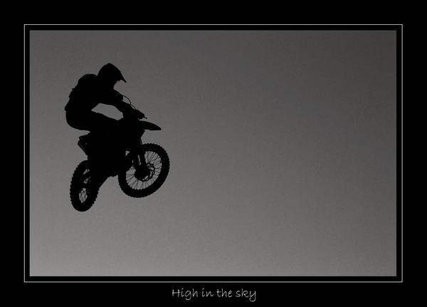 High in the sky by lux69aeterna