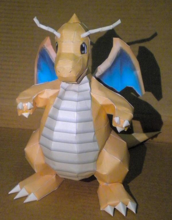 Dragonite 2 by jewzeepapercraft