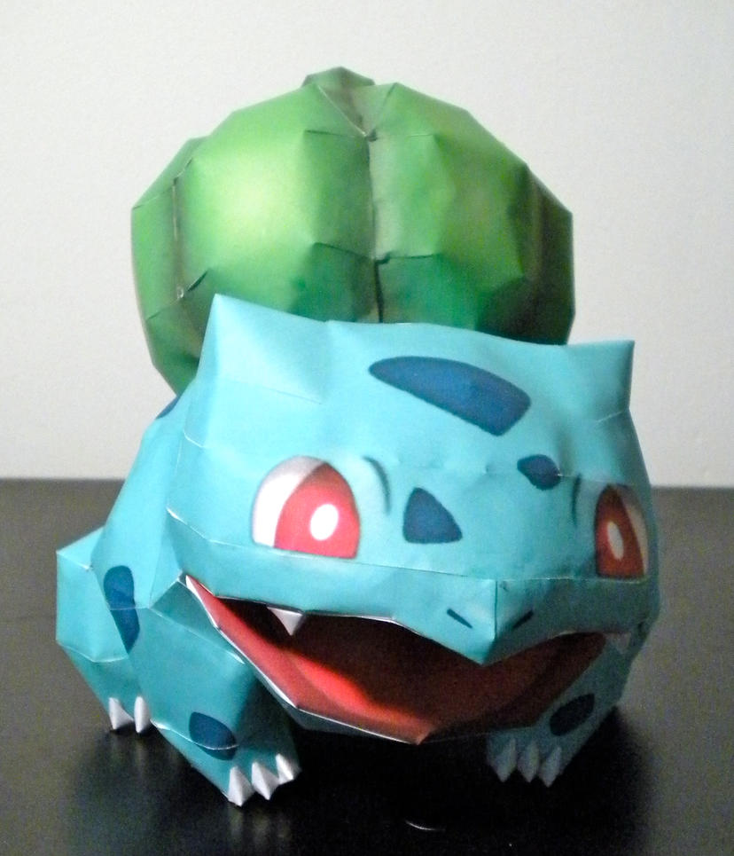 Bulbasaur by jewzeepapercraft