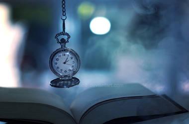 The darkest hour ... by aoao2