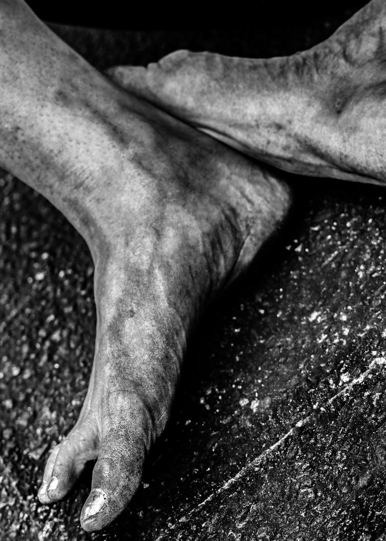 Naked Articulated Feet by Laurence2