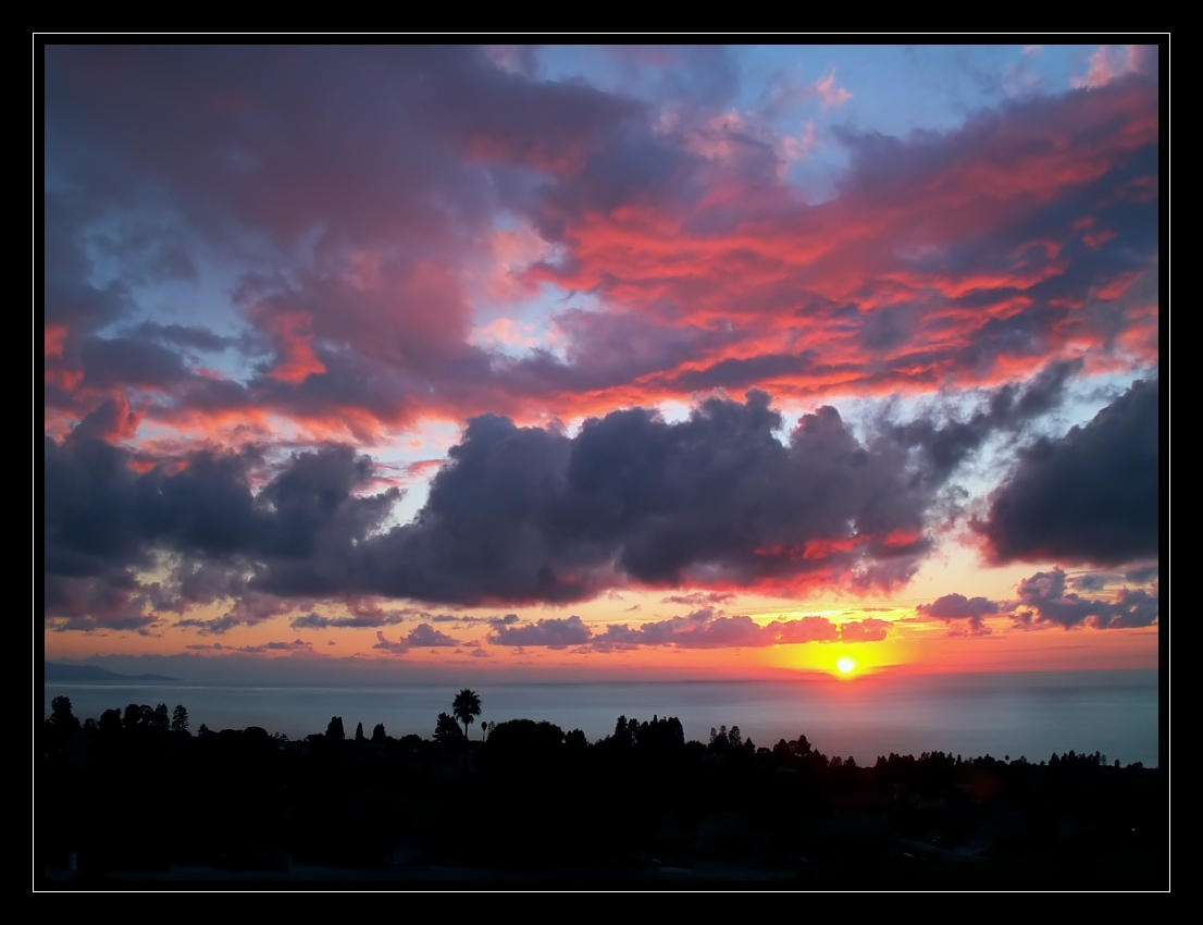 Sun rests on blanket of clouds by plenTpak