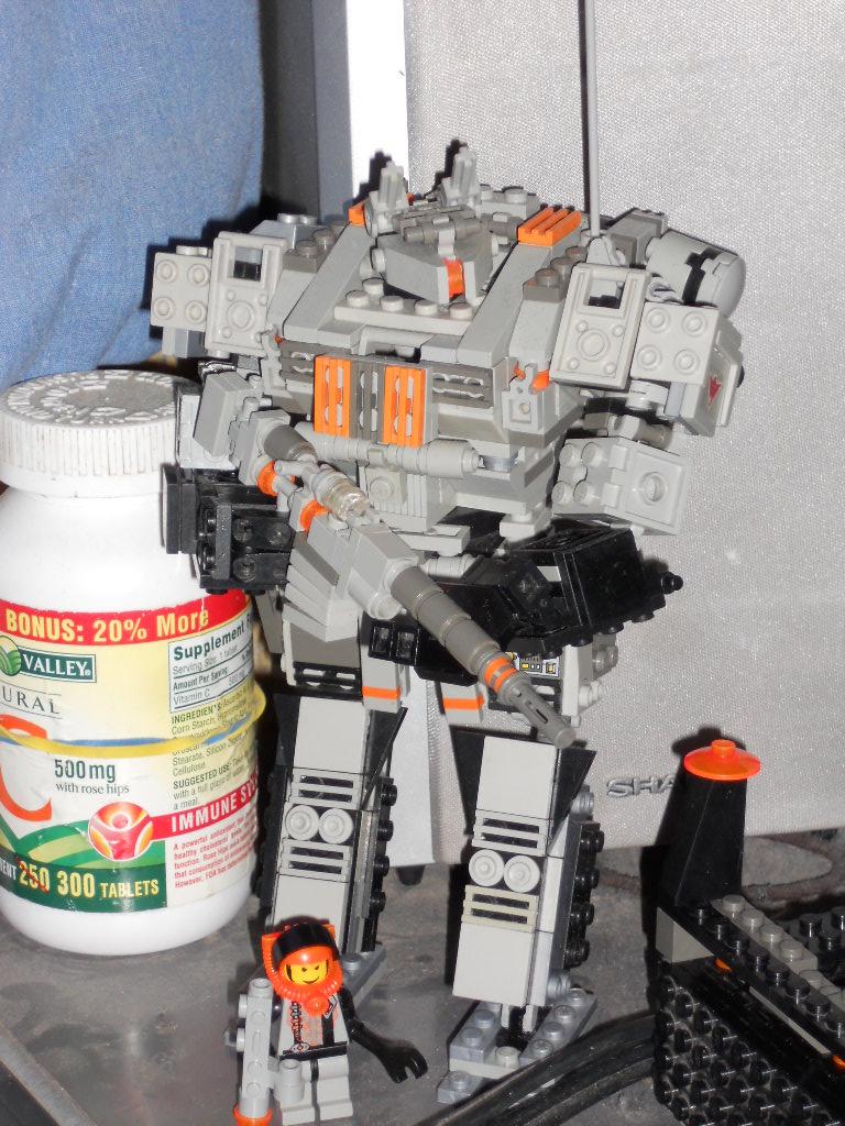 Mecha Fox Lego by Kadaku