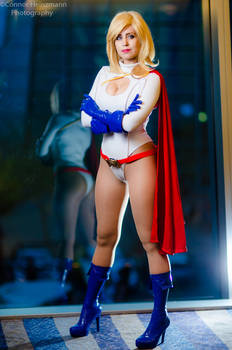 Power Girl Cosplay : Hero of Light