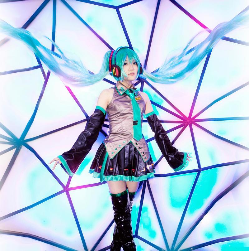Hatsune Miku - Melody Dance by nyaomeimei