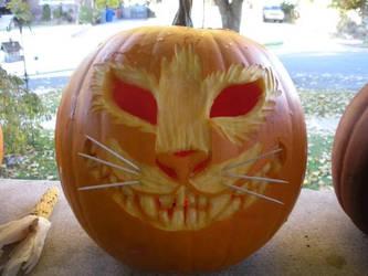 Cheshire Cat Pumpkin by maiziedog
