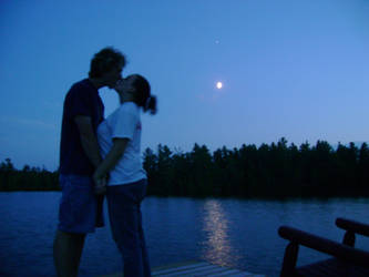 Moonlight Kiss by UberLizzard