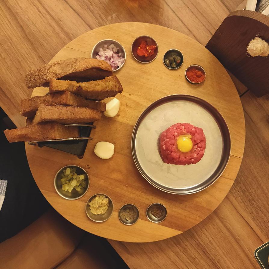 Steak tartare by FutureMillennium