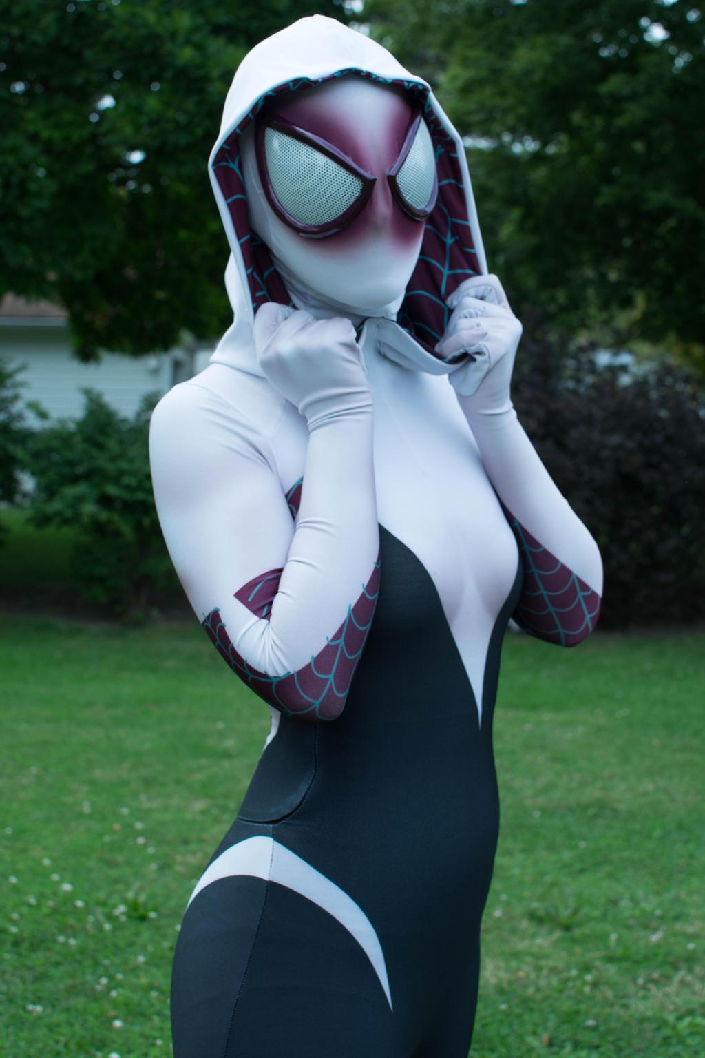 Spider-Gwen 03 by thatsthatonegirl
