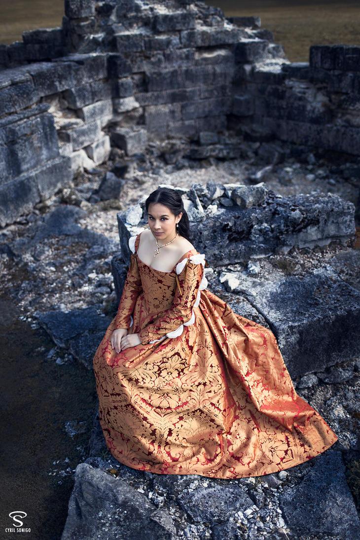 Florentine Renaissance Lady by Esaikha