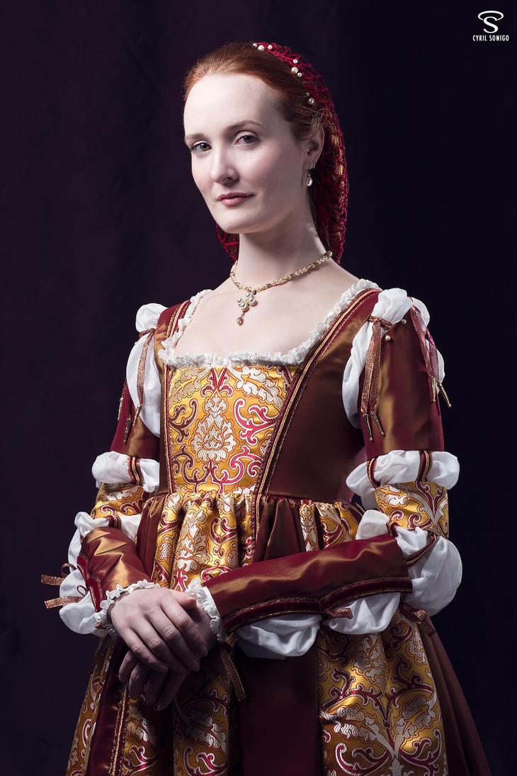 Borgia 1500's renaissance gown by Esaikha